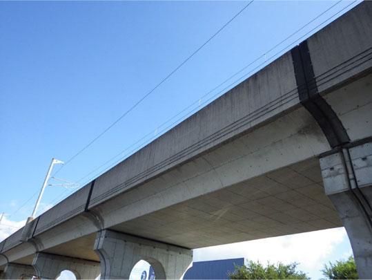 JR高架橋 ビフォー